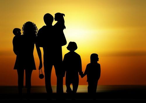 family-730320_1920